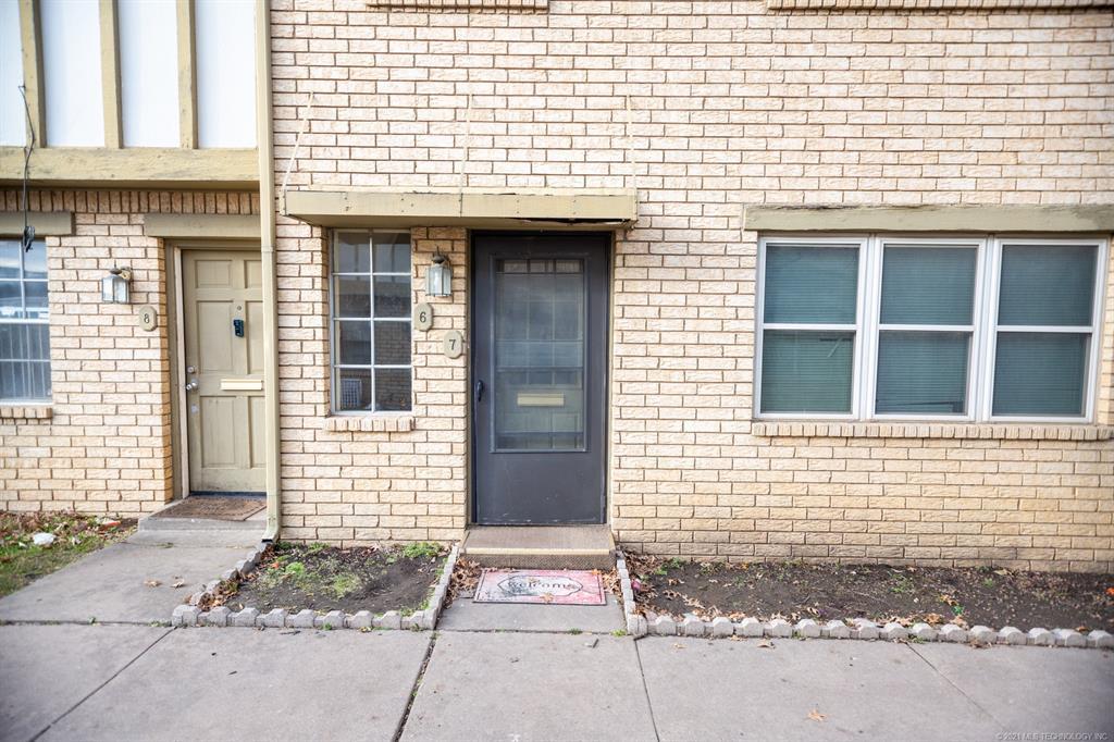 Active | 4722 S Darlington Avenue #6 Tulsa, Oklahoma 74135 10