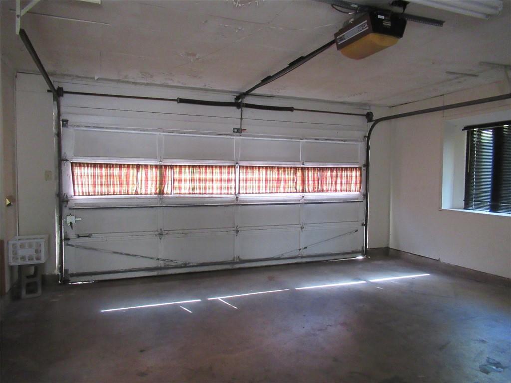 Closed | 8205 Stillwood Lane Austin, TX 78757 23