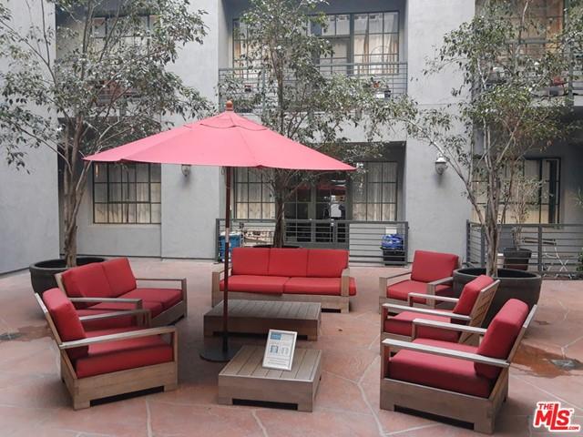 Off Market   420 S San Pedro Street #523 Los Angeles, CA 90013 21