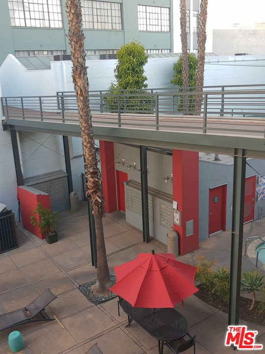Off Market   420 S San Pedro Street #523 Los Angeles, CA 90013 22