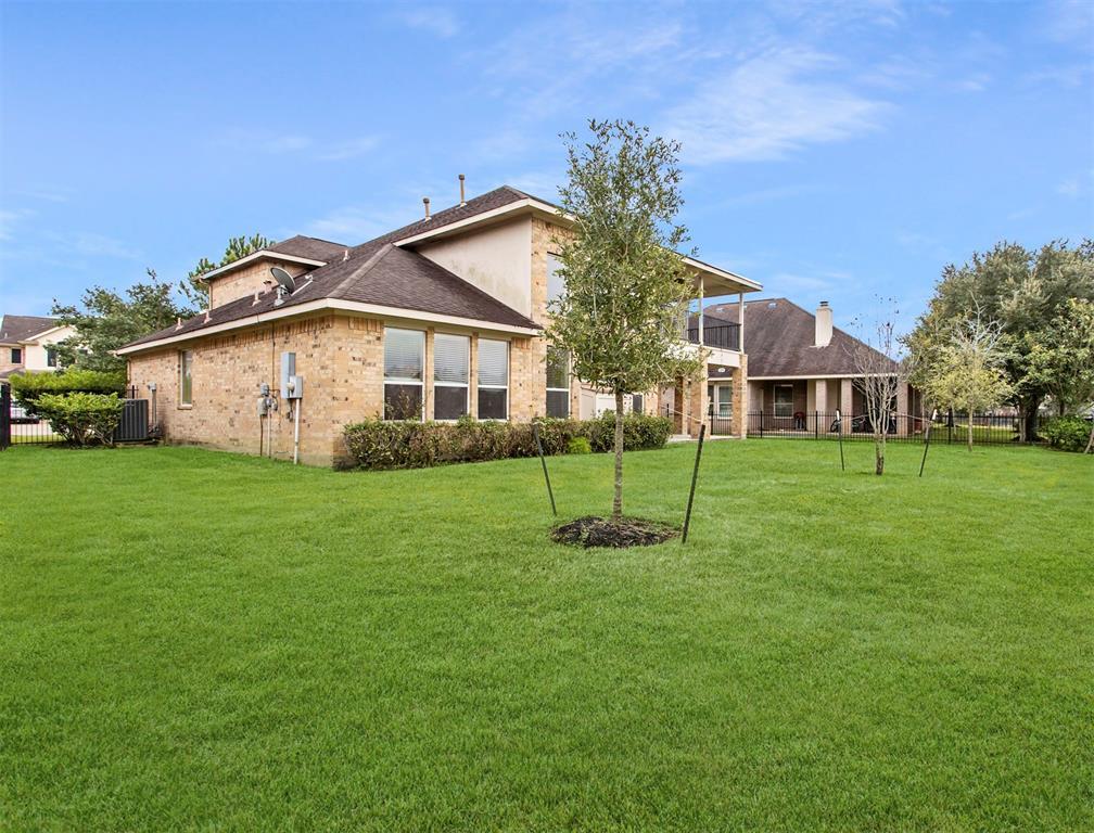 Off Market   25307 E Hamden Valley Dr Drive Richmond, Texas 77406 14