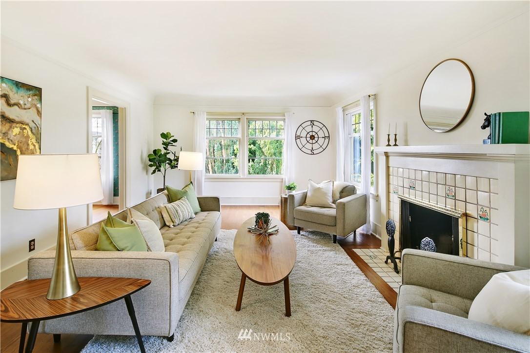 Sold Property | 127 N Argyle Place Seattle, WA 98103 7