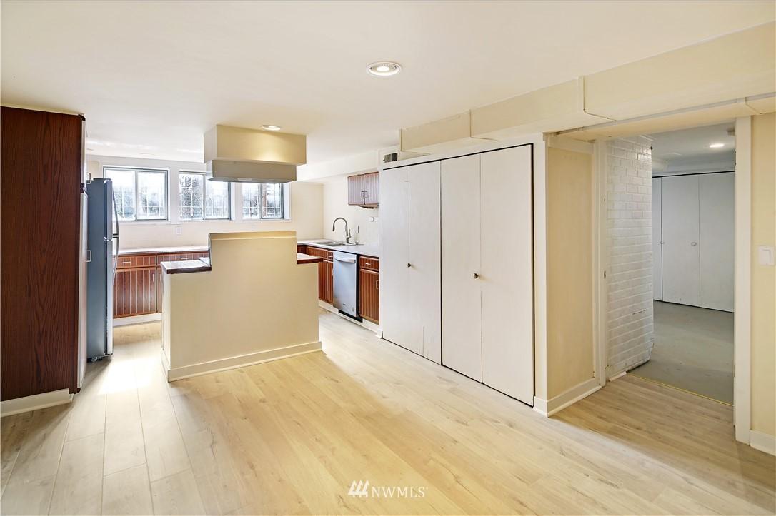 Sold Property | 127 N Argyle Place Seattle, WA 98103 29