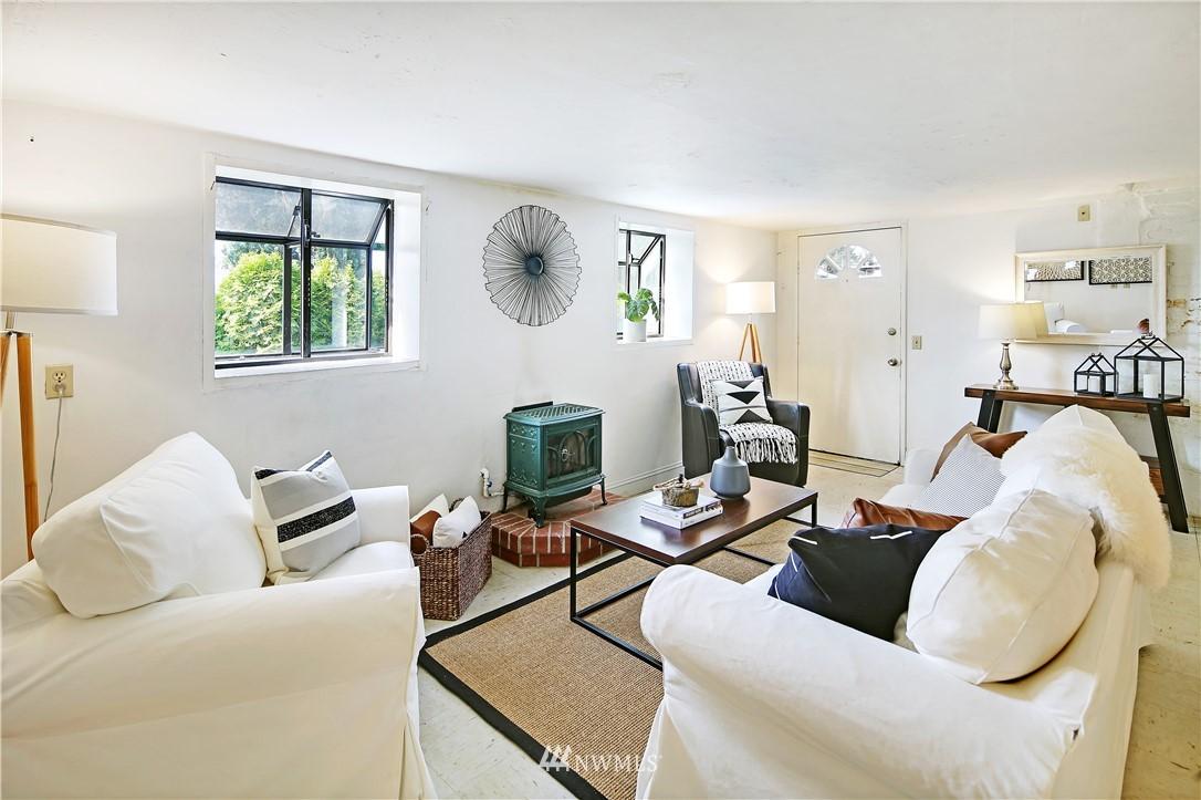 Sold Property | 127 N Argyle Place Seattle, WA 98103 26