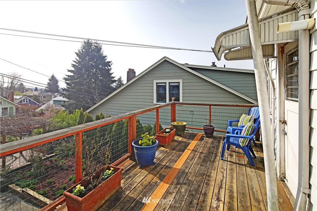 Sold Property | 127 N Argyle Place Seattle, WA 98103 15