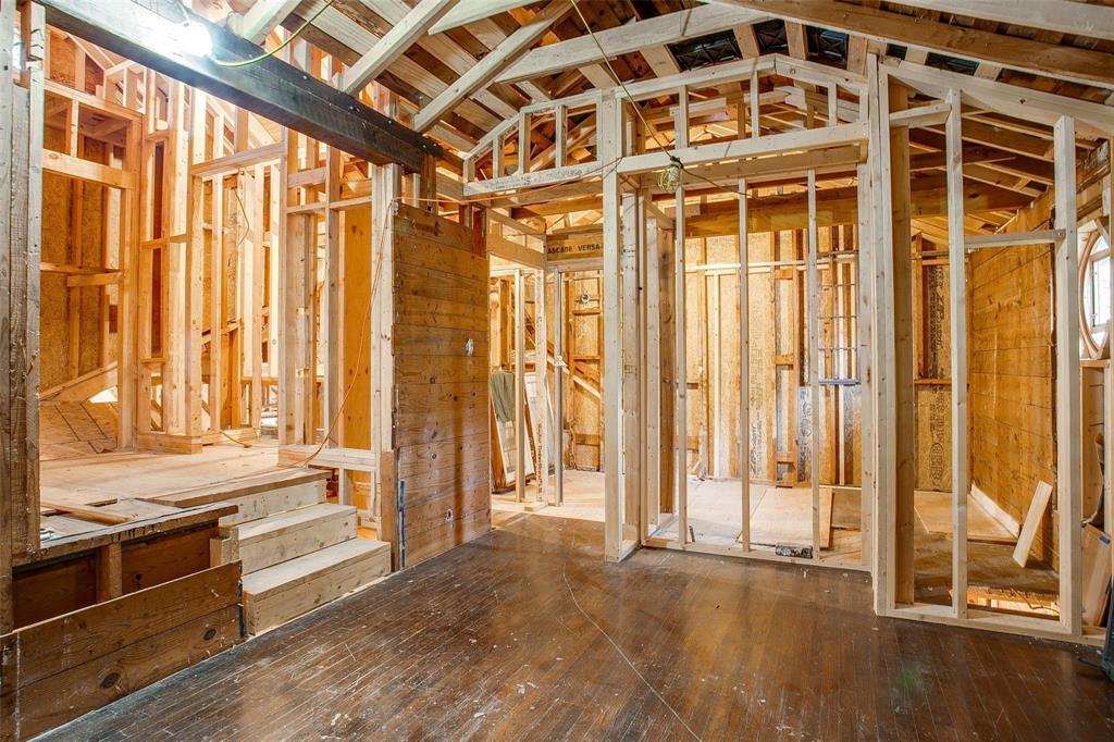 Sold Property   1242 Woodlawn Avenue Dallas, Texas 75208 7
