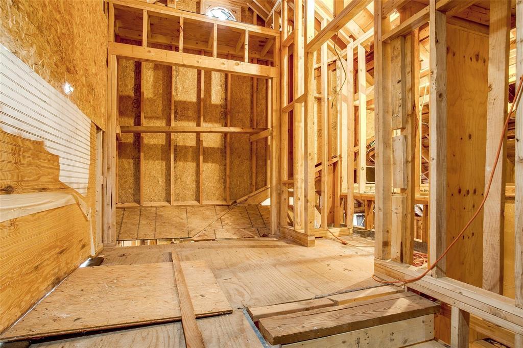 Sold Property   1242 Woodlawn Avenue Dallas, Texas 75208 8