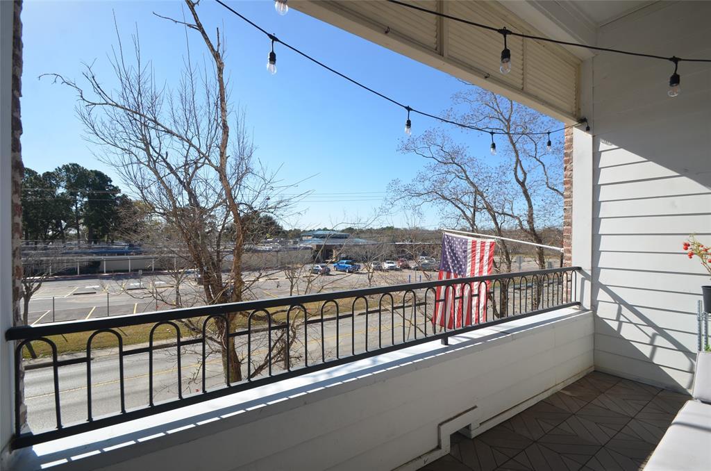 Off Market | 8620 Emnora Lane Houston, Texas 77080 15
