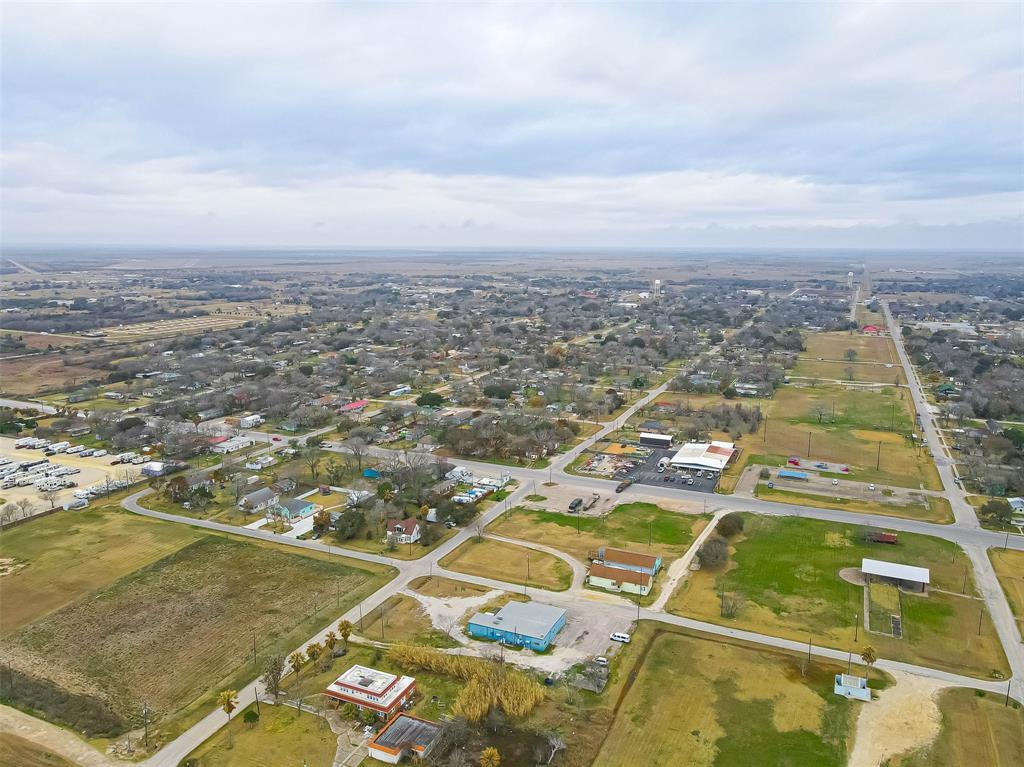 Active | 00 Bay Drive Palacios, Texas 77465 17