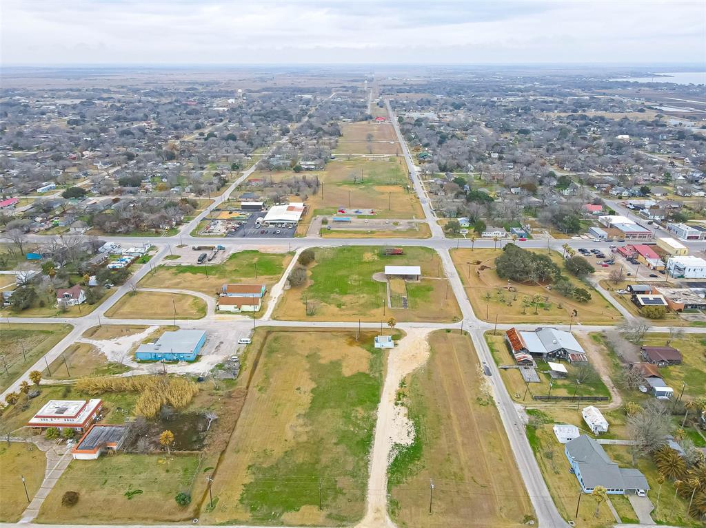 Active | 00 Bay Drive Palacios, Texas 77465 4