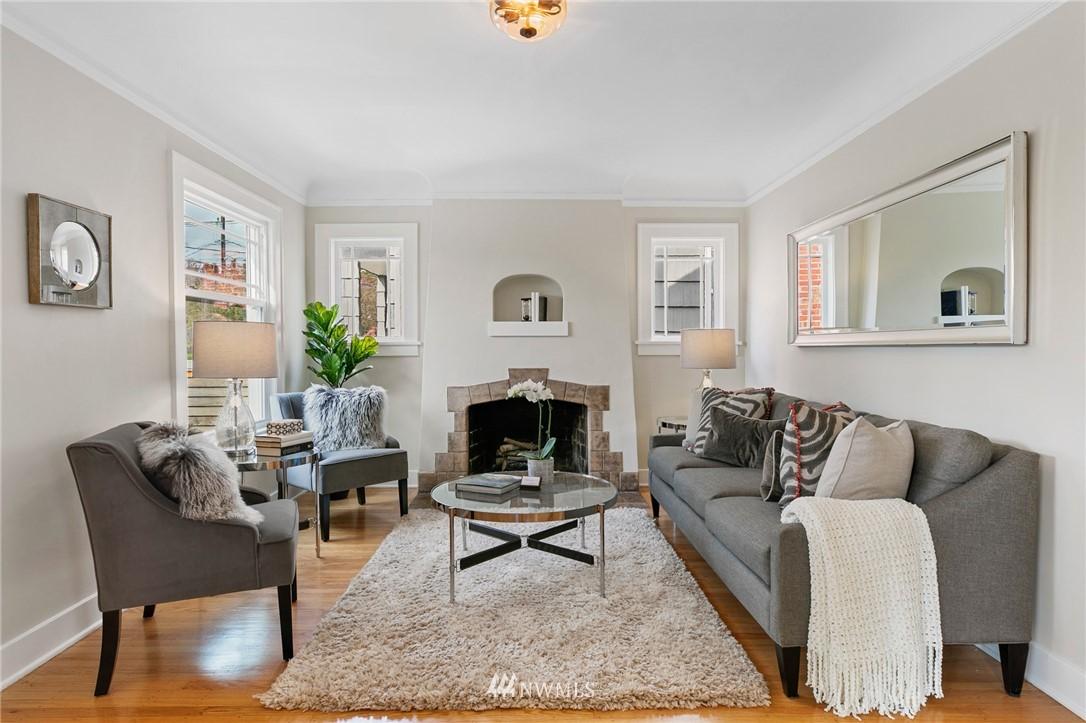 Sold Property | 4724 35th Avenue NE Seattle, WA 98105 2