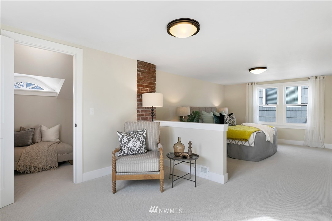 Sold Property | 4724 35th Avenue NE Seattle, WA 98105 10