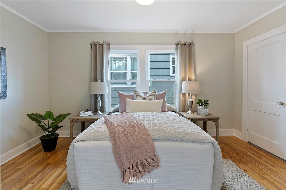 Sold Property | 4724 35th Avenue NE Seattle, WA 98105 16