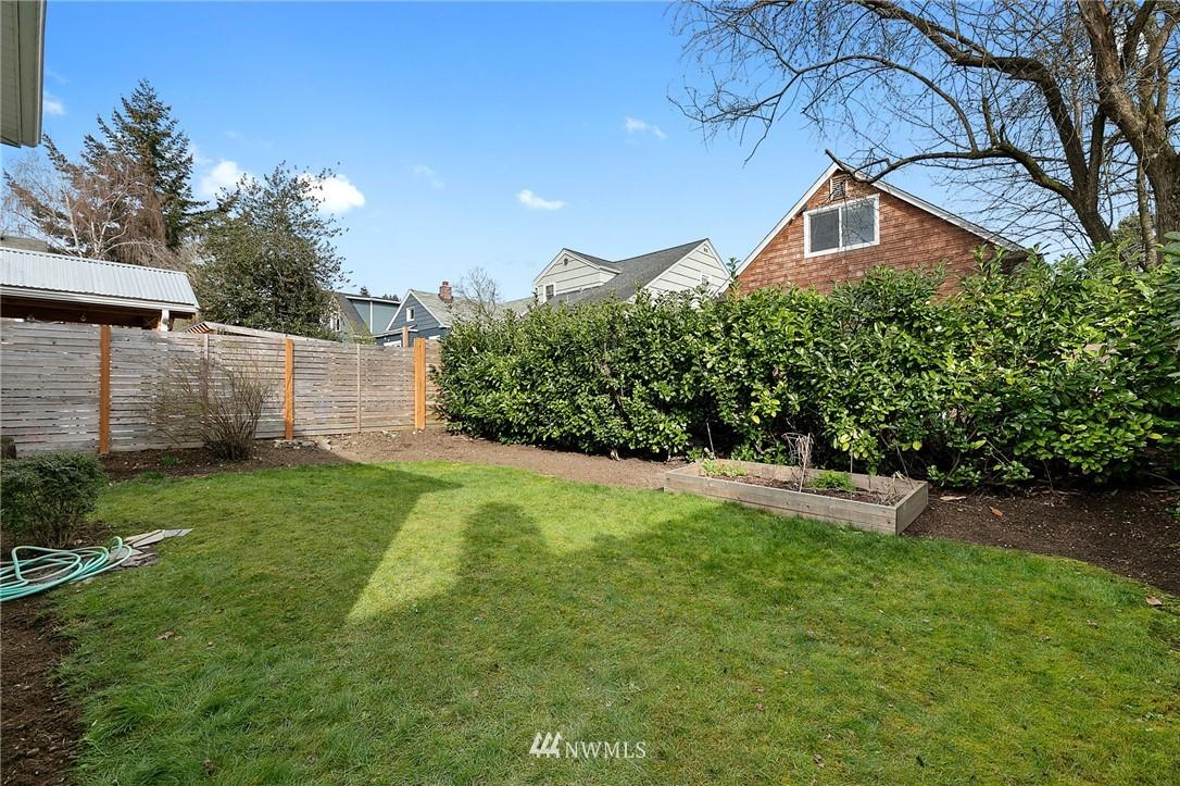 Sold Property | 4724 35th Avenue NE Seattle, WA 98105 23