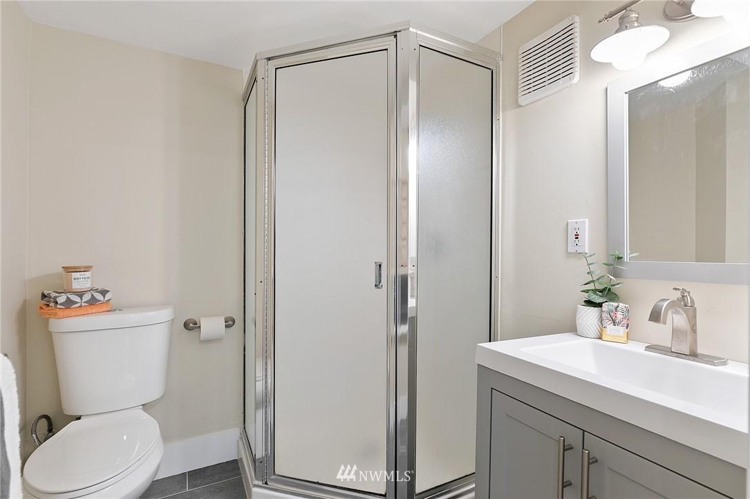 Sold Property | 4724 35th Avenue NE Seattle, WA 98105 21