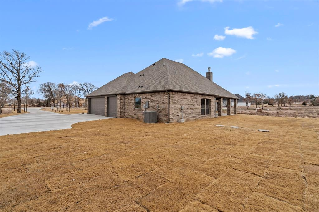Sold Property | 2025 Forest Bluff Trail Azle, Texas 76020 34