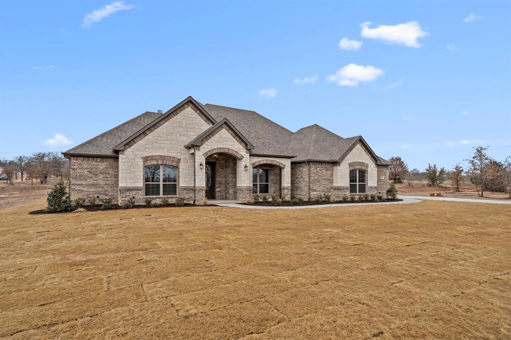 Sold Property | 2025 Forest Bluff Trail Azle, Texas 76020 4