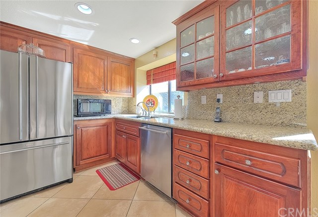 Pending | 2439 Olympic View Drive Chino Hills, CA 91709 27