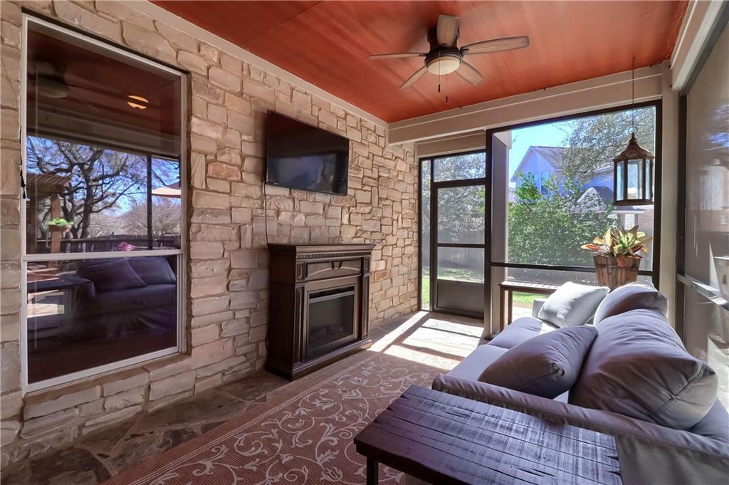 ActiveUnderContract | 2608 Shire Ridge Drive Austin, TX 78732 33