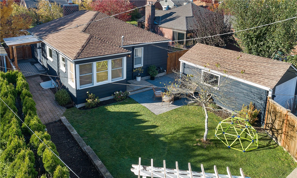 Sold Property | 8324 23rd Avenue NW Seattle, WA 98117 24