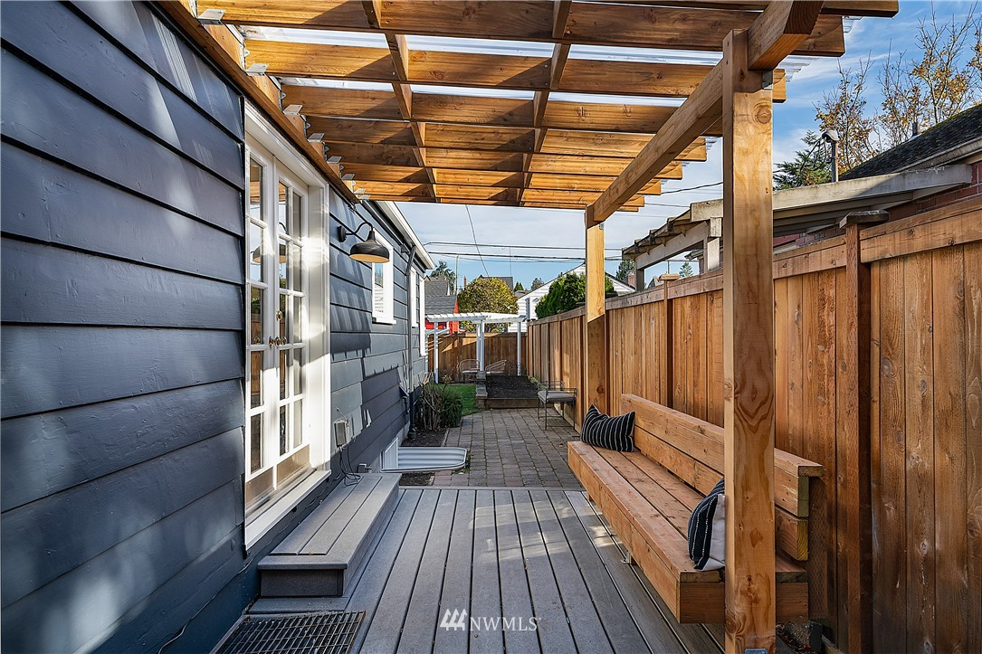 Sold Property | 8324 23rd Avenue NW Seattle, WA 98117 25