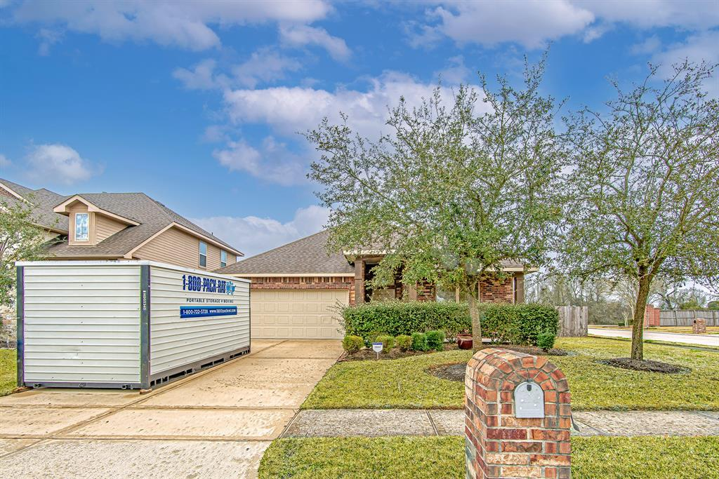 Pending | 518 Fairway Drive La Porte, Texas 77571 1