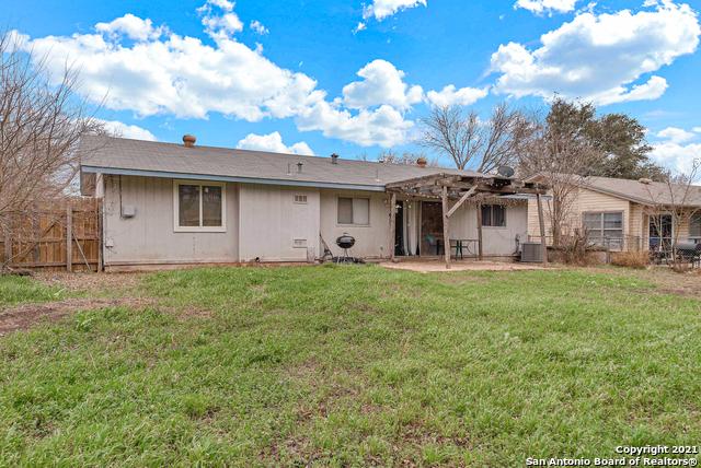 Pending | 1039 Honey Tree St San Antonio, TX 78245 23