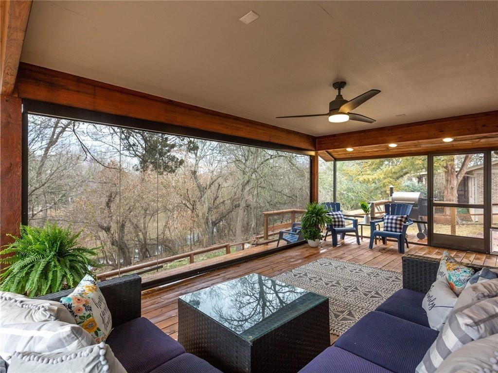 Round Rock luxury | 1104 Creekview Drive Round Rock, TX 78681 1