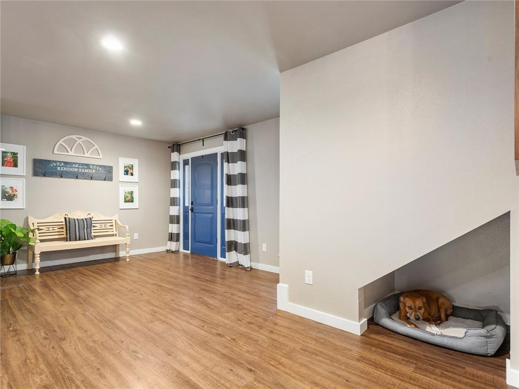 Round Rock luxury | 1104 Creekview Drive Round Rock, TX 78681 9