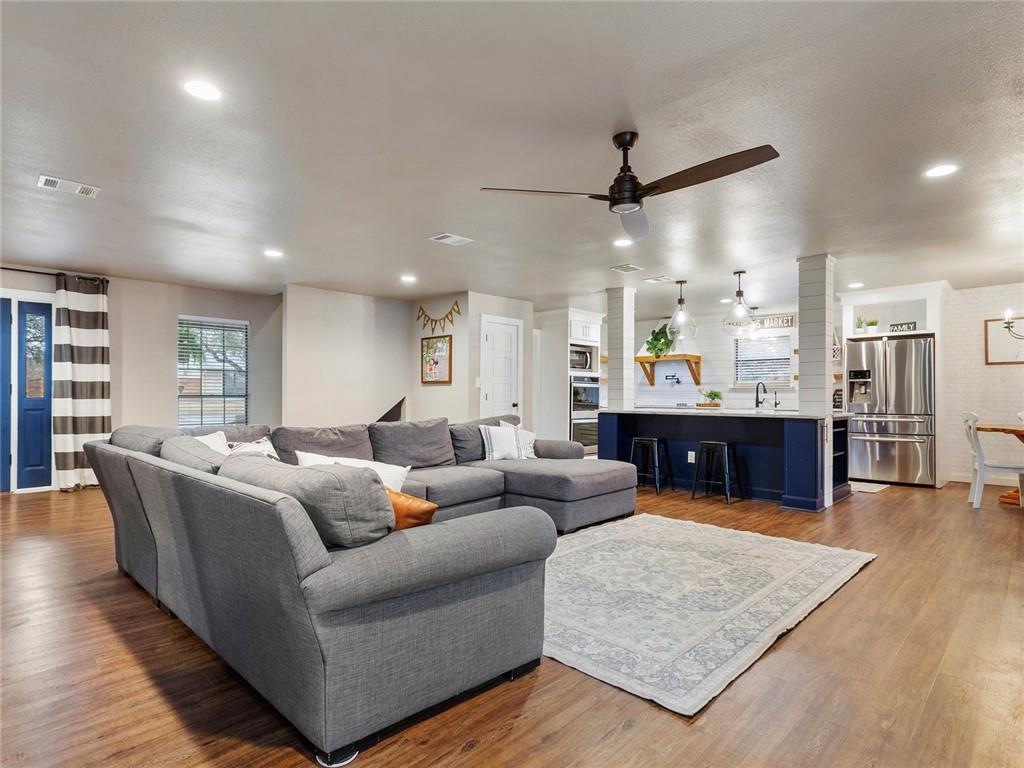Round Rock luxury | 1104 Creekview Drive Round Rock, TX 78681 10
