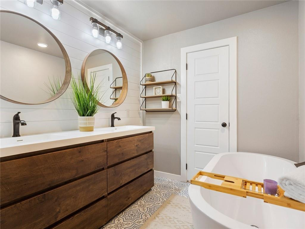 Round Rock luxury | 1104 Creekview Drive Round Rock, TX 78681 26