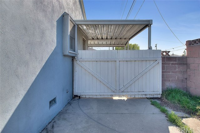 Closed | 9045 Dalberg Street Bellflower, CA 90706 39