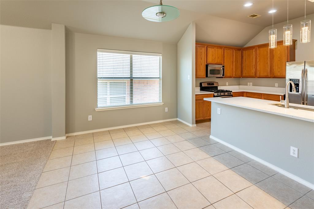 Sold Property   10628 Ambling Trail Fort Worth, Texas 76108 11