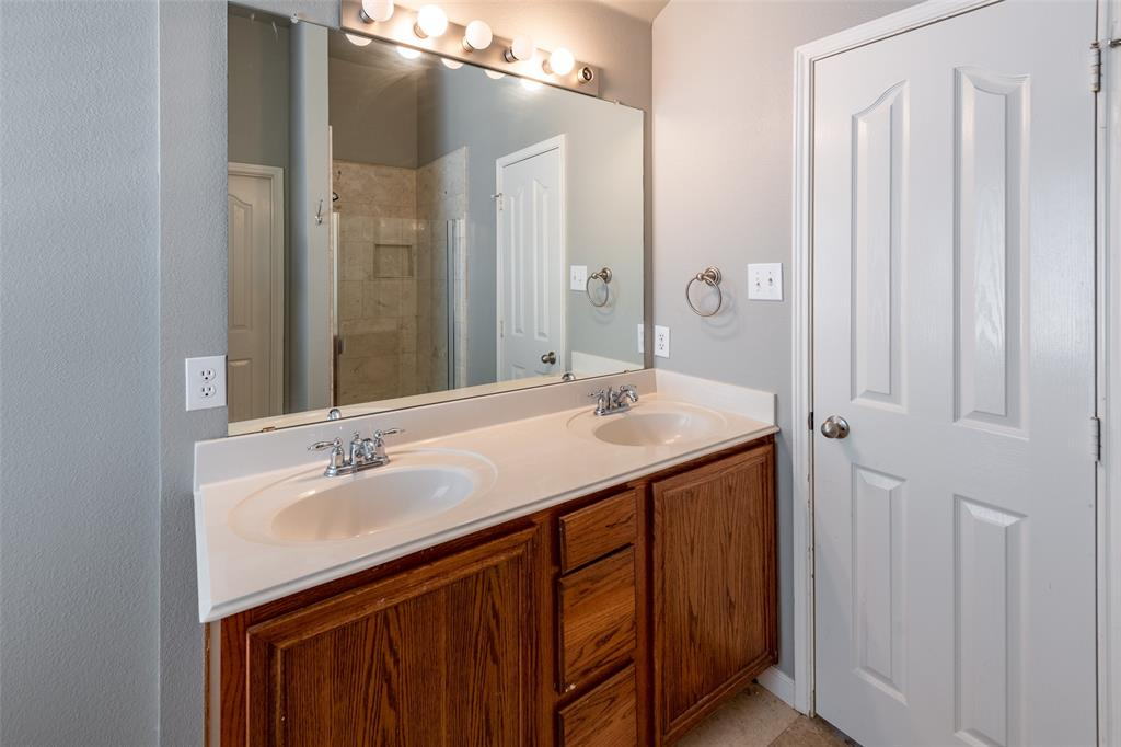 Sold Property   10628 Ambling Trail Fort Worth, Texas 76108 16