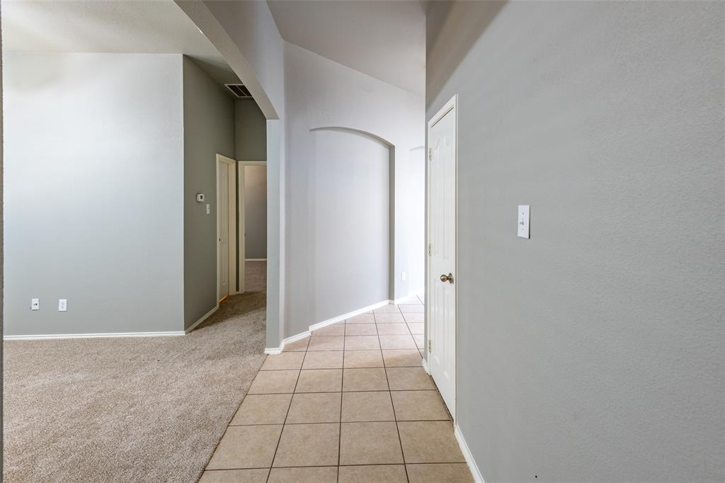 Sold Property   10628 Ambling Trail Fort Worth, Texas 76108 4