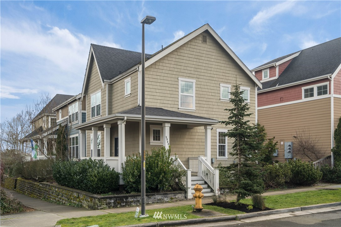 Sold Property | 5900 31st Avenue SW Seattle, WA 98126 4