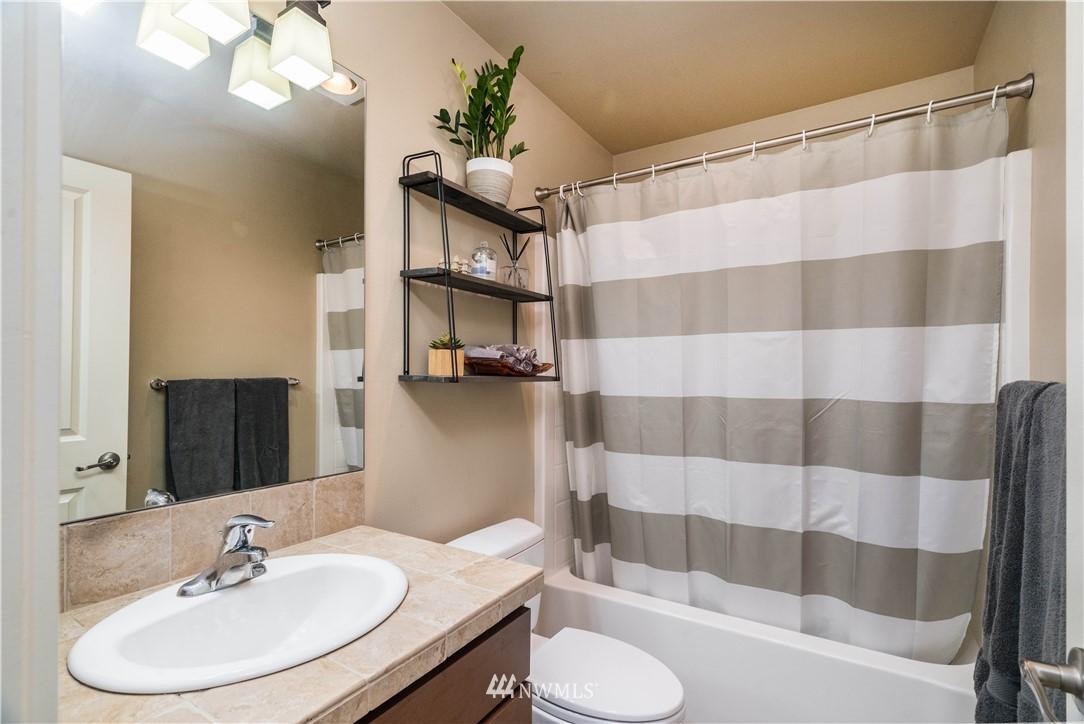 Sold Property | 5900 31st Avenue SW Seattle, WA 98126 22