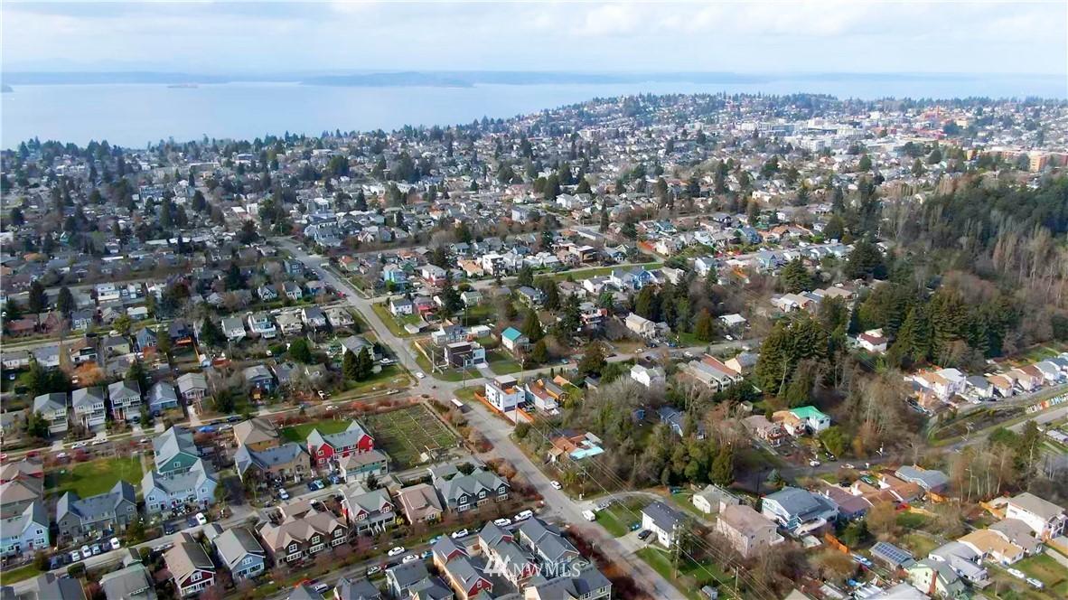 Sold Property | 5900 31st Avenue SW Seattle, WA 98126 33