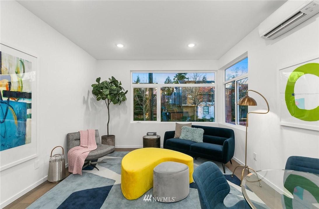 Sold Property | 5915 California Avenue SW Seattle, WA 98136 4