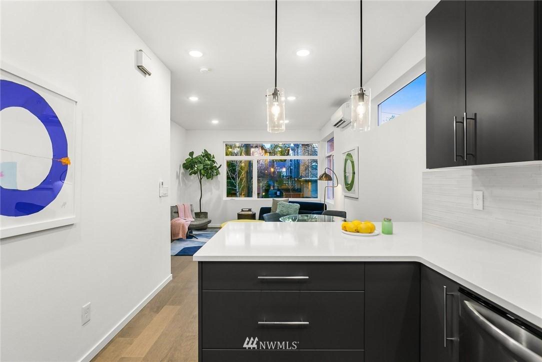 Sold Property | 5915 California Avenue SW Seattle, WA 98136 10