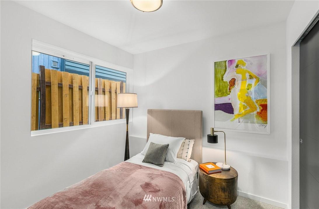 Sold Property | 5915 California Avenue SW Seattle, WA 98136 28