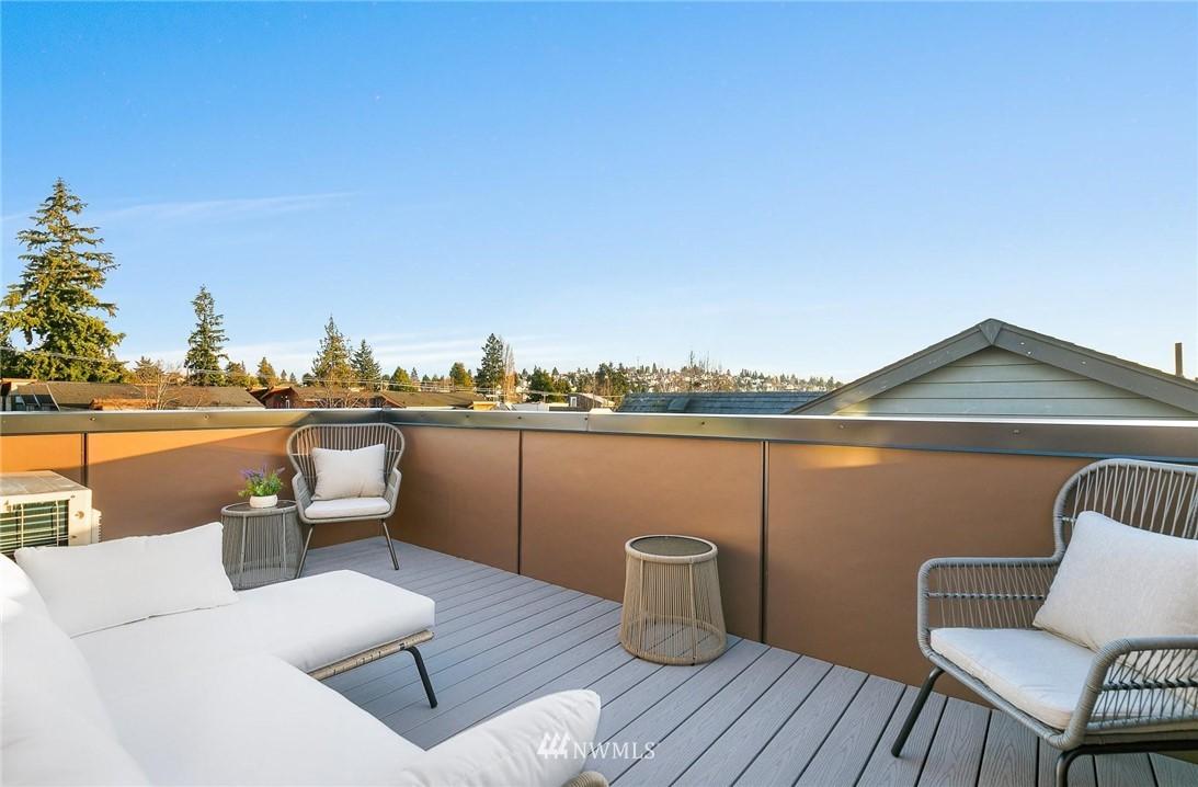Sold Property | 5915 California Avenue SW Seattle, WA 98136 31