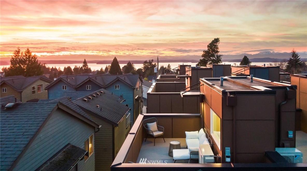 Sold Property | 5915 California Avenue SW Seattle, WA 98136 37
