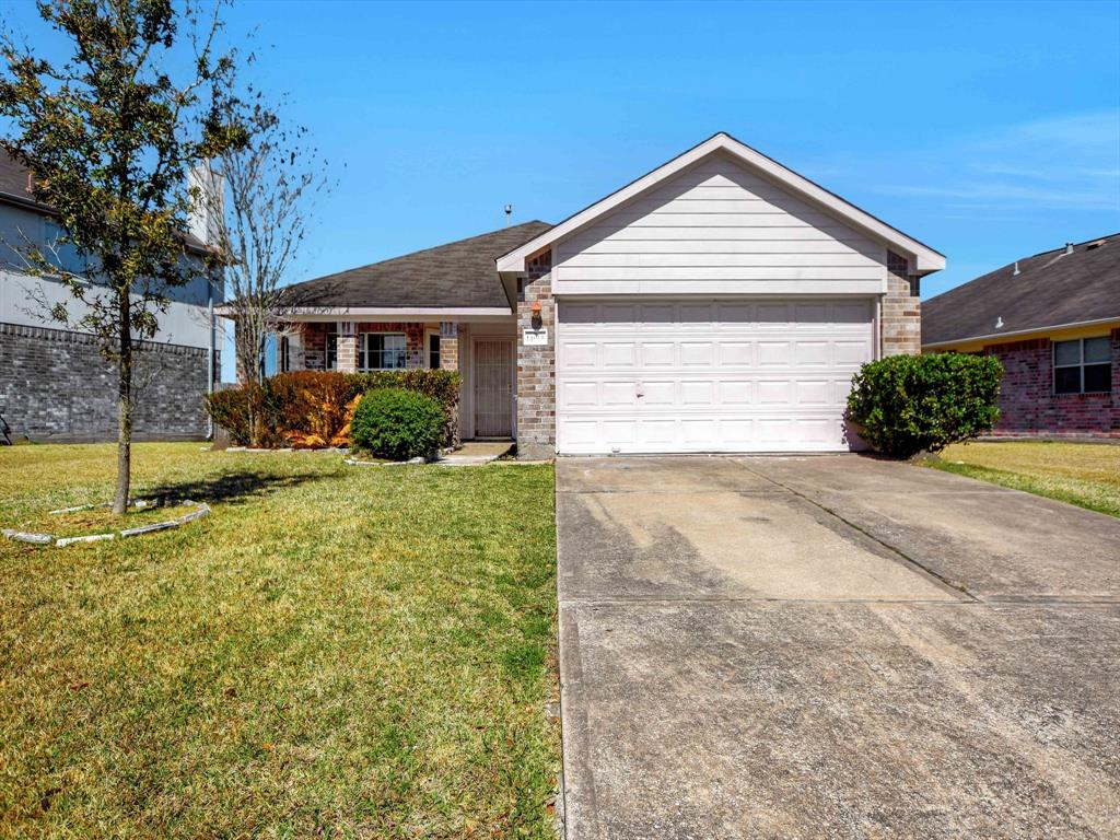 Pending | 14015 Littleborne Birdwell Lane Houston, Texas 77047 1