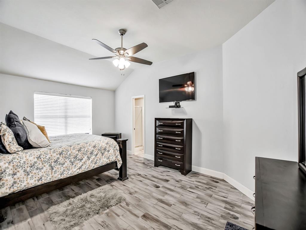 Pending | 14015 Littleborne Birdwell Lane Houston, Texas 77047 20