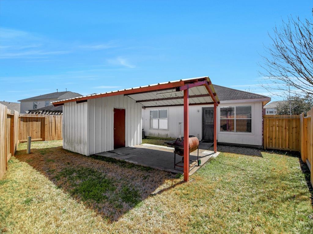 Pending | 14015 Littleborne Birdwell Lane Houston, Texas 77047 27