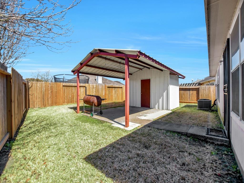 Pending | 14015 Littleborne Birdwell Lane Houston, Texas 77047 30