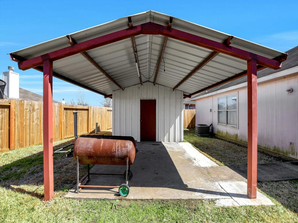 Pending | 14015 Littleborne Birdwell Lane Houston, Texas 77047 31