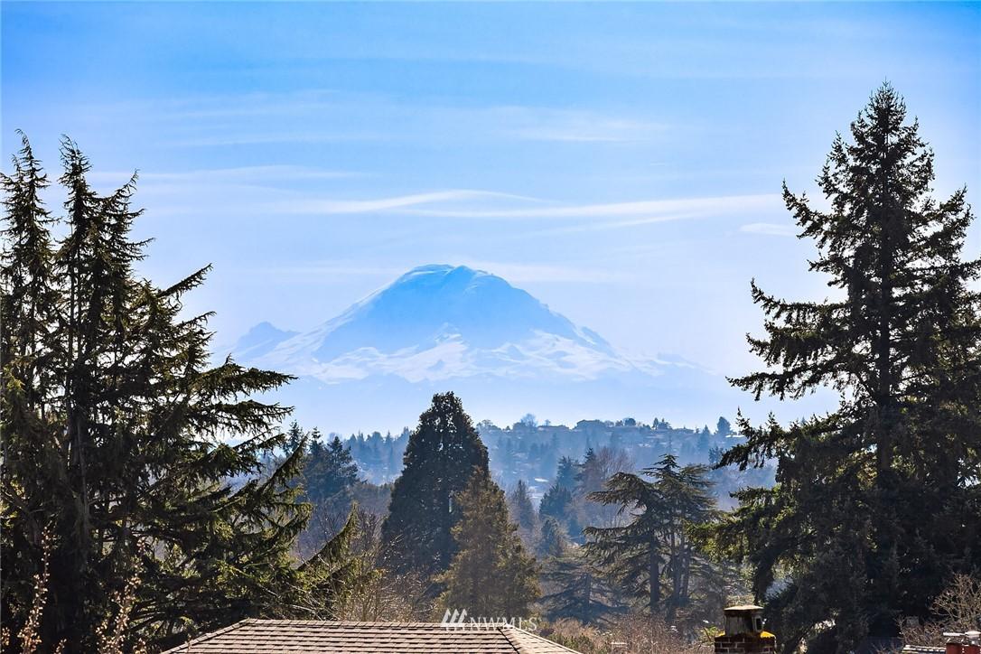 Sold Property | 2037 32nd Avenue S Seattle, WA 98144 37