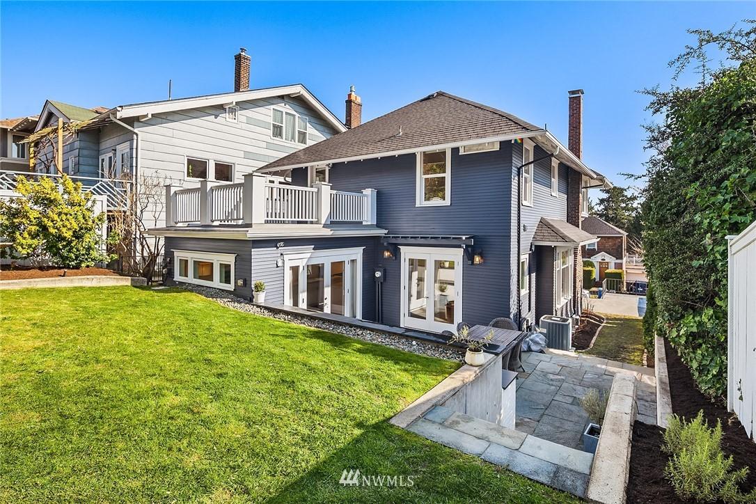 Sold Property | 2037 32nd Avenue S Seattle, WA 98144 31